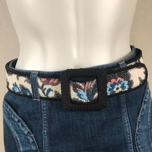 TAPESTRY FABRIC BELT SIZE LARGE